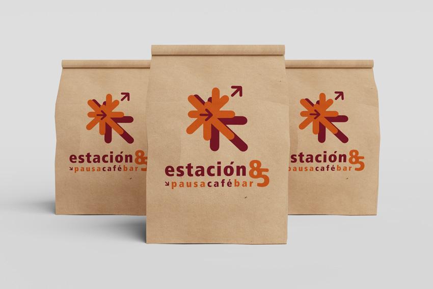 Diseño Bolsa Logotipo Fachada Restaurante Cafe Estacion 85
